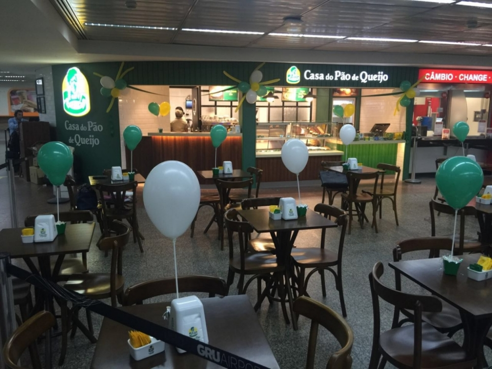 Casa do Pão de Queijo - Aeroporto de Guarulhos T2 Leste.