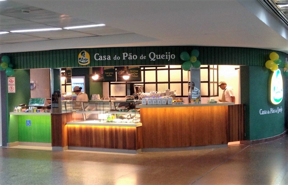 Loja Casa do Pão de Queijo, Aeroporto de Guarulhos, T2, Desembarque Oeste.