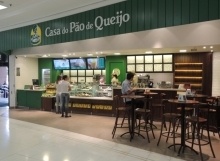 Casa do Pão de Queijo, Shopping West Plaza.